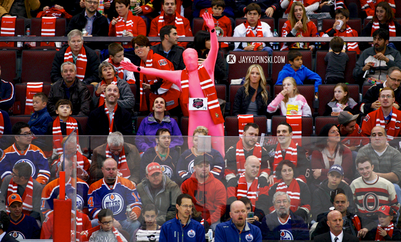 OTTAWA, CANADA - October 19: Odd fan out during a game between the Oilers and Senators at Canadian Tire Centre on October 19, 2013 in Ottawa, Ontario, Canada. ***** Editorial Use Only *****Jay Kopinski - Icon SMI